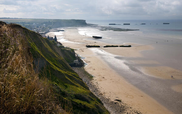 coast-of-Normandy-106362183_3000x1874